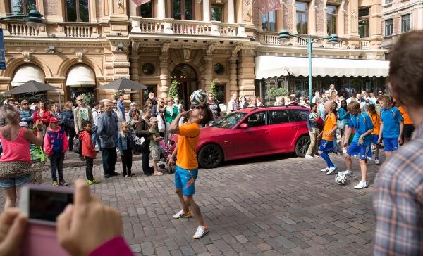 Alexander Wessberg  adidas Samba Carnaval 2014